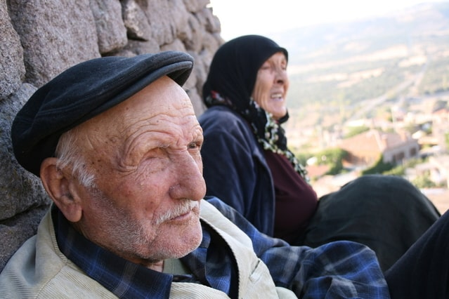 Какие факторы влияют на долголетие человека?