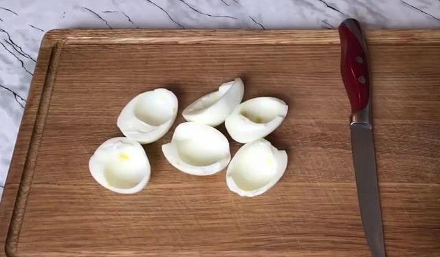 Салат фитнес с куриным филе, яблоком и огурцом
