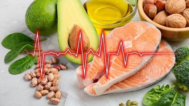 Какие продукты полезны для сердца и сосудов женщин для разжижения крови?